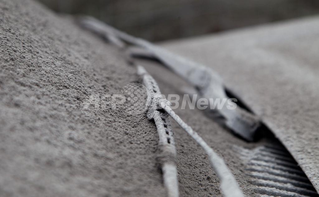 ニュージーランドのトンガリロ山が噴火、国内線などに影響