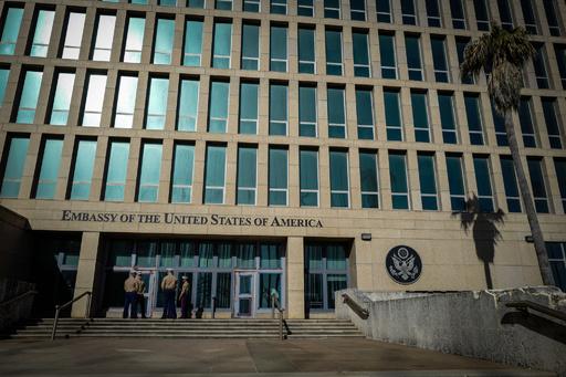 米外交官らへの「謎の攻撃」、マイクロ波兵器か