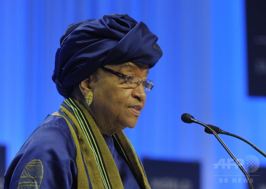 エボラ出血熱が広がる西アフリカ、リベリアが国境を封鎖
