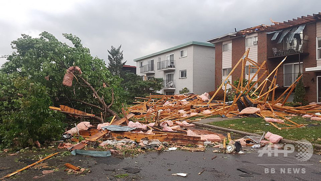 カナダ首都近郊で竜巻、30人負傷 13万世帯超停電