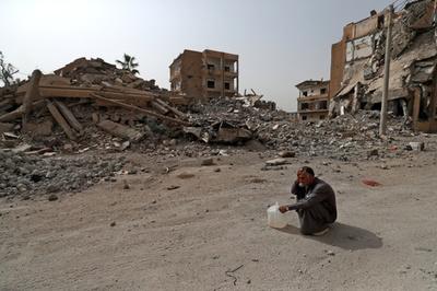 トランプ氏「シリアは砂と死」 米軍の撤収時期は明示せず
