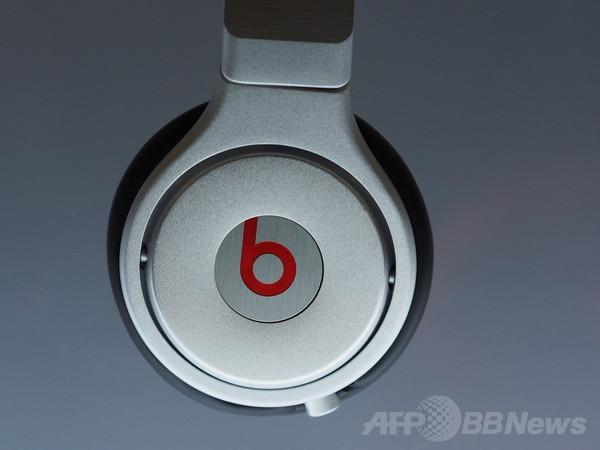 アップル、音楽配信の米ビーツを3000億円で買収