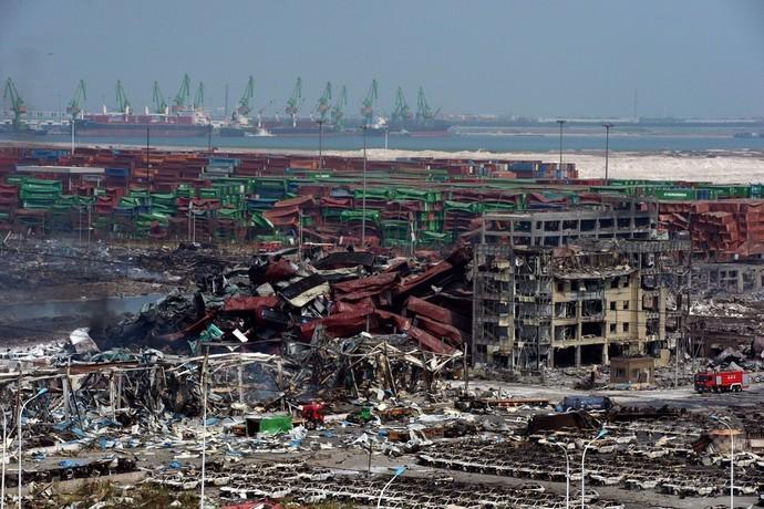 中国・天津の大爆発、倉庫に許容量30倍のシアン化物