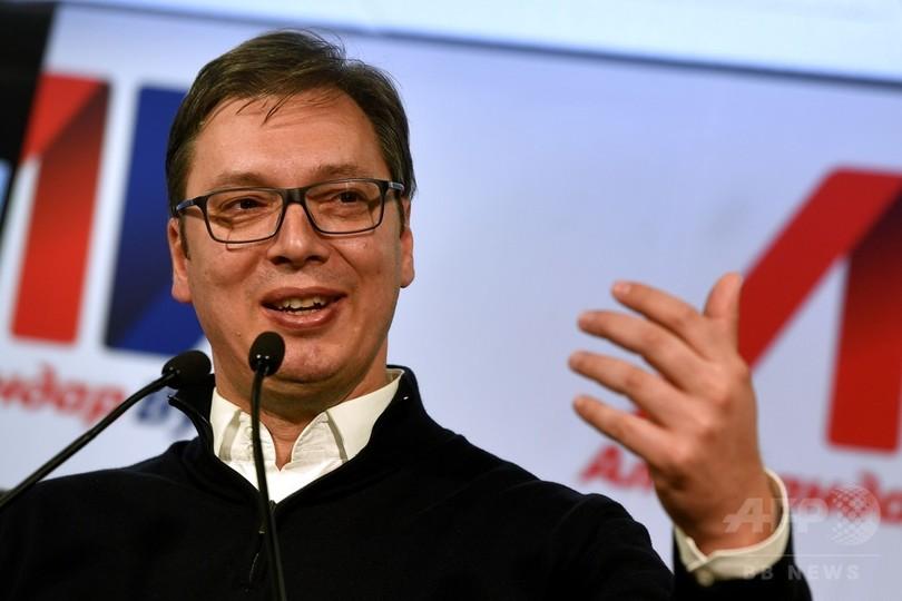 セルビア次期大統領にブチッチ首相 親EU、権力集中に懸念も
