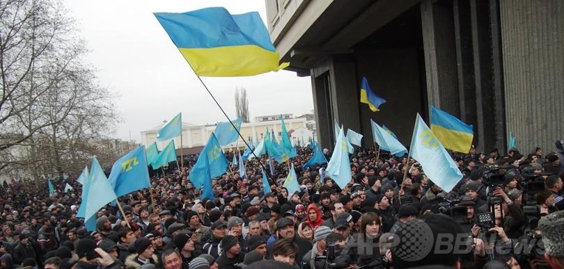 ロシア大統領、ウクライナ国境付近での軍事演習を指示