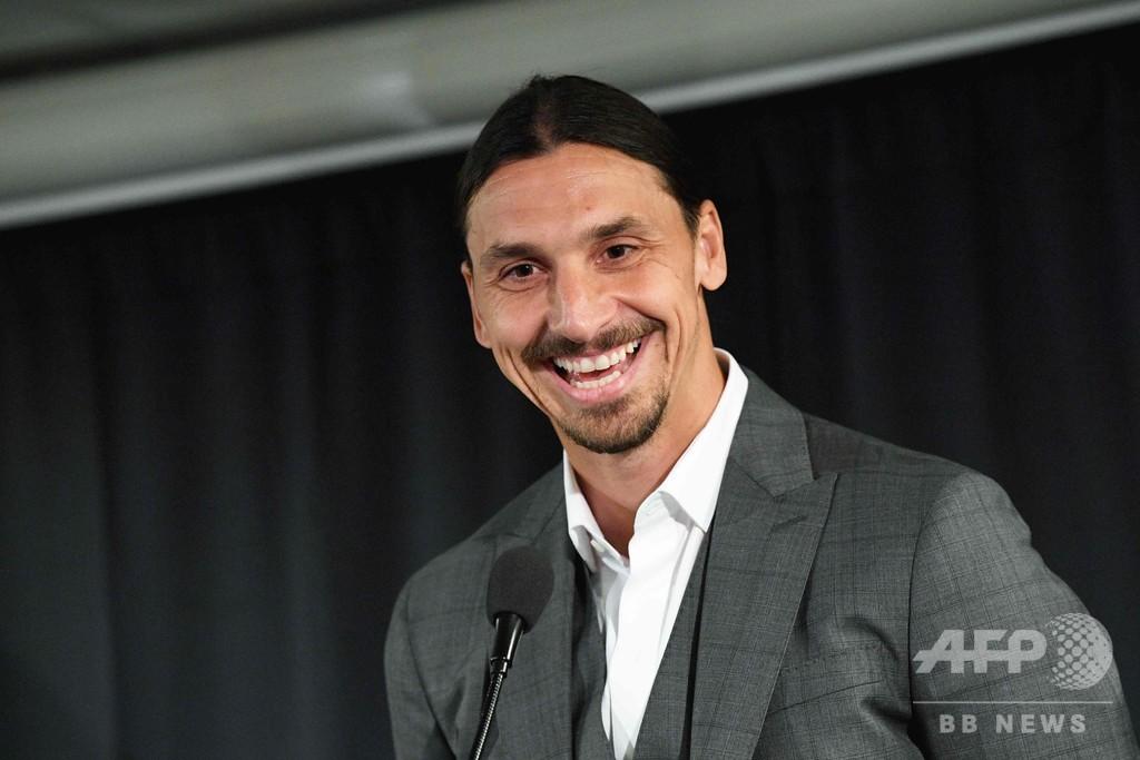 イブラヒモビッチが母国クラブに出資、選手としての移籍は否定