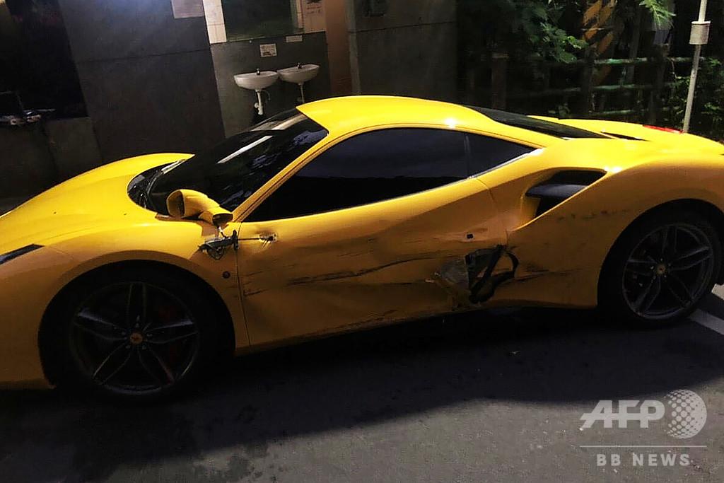 高級車に衝突、賠償金の支払い抱えた勤労青年に寄付集まる 台湾