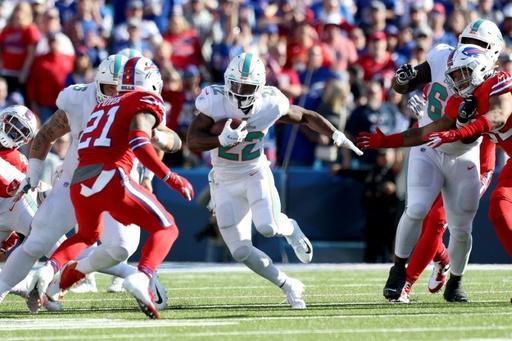 ドルフィンズが問題児RBを解雇、身重の恋人を殴った疑い NFL