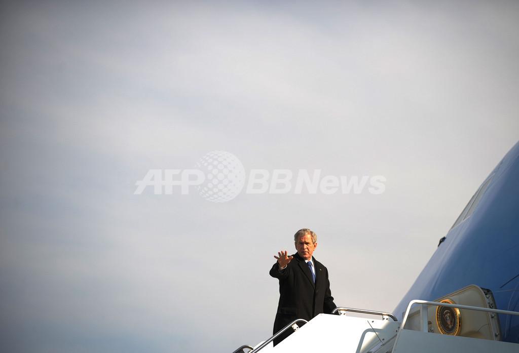 ブッシュ米大統領、イラク情報活動失敗が「最大の痛恨事」