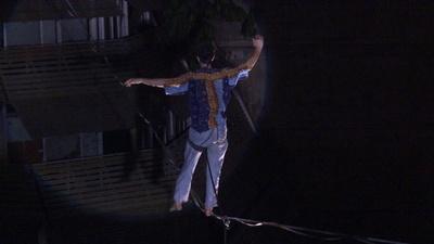動画:コートジボワール最大都市で初のサーカス公演