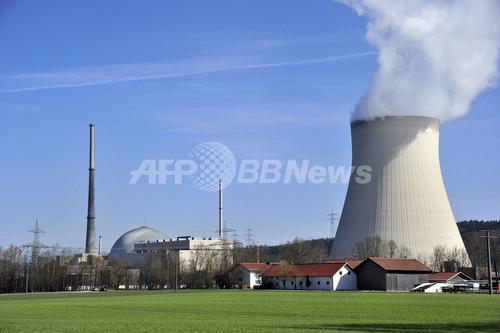 ドイツ、長期稼動の原発7基を暫定的に停止