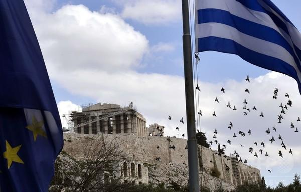 ギリシャが無条件での支援延長を申請、ドイツは難色