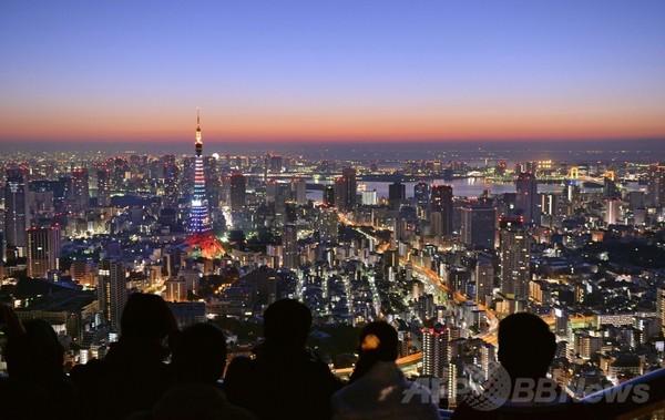 海抜270メートルから見る初日の出、東京・六本木ヒルズ