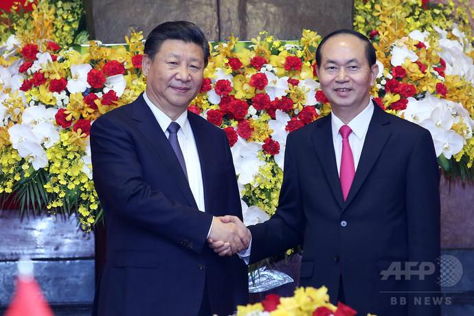 越中、南シナ海での衝突回避で合意 ハノイで首脳会談
