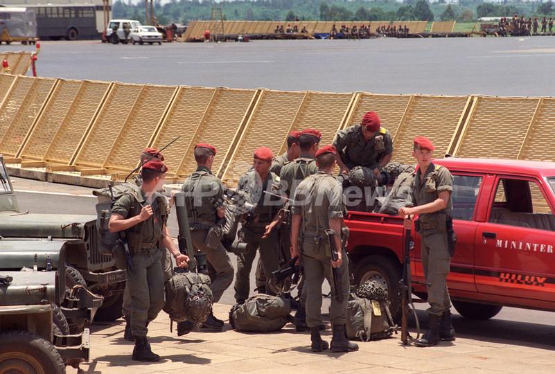 カガメ大統領の側近への逮捕状、国際司法裁判所に異議申し立て - ルワンダ