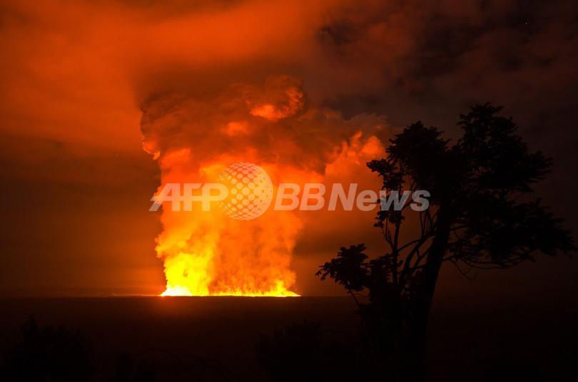 ニアムラギラ山が噴火、1年10か月ぶり