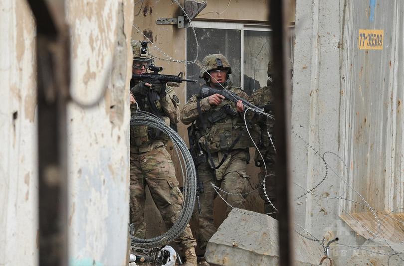 アフガンで米兵が民間トラックを...