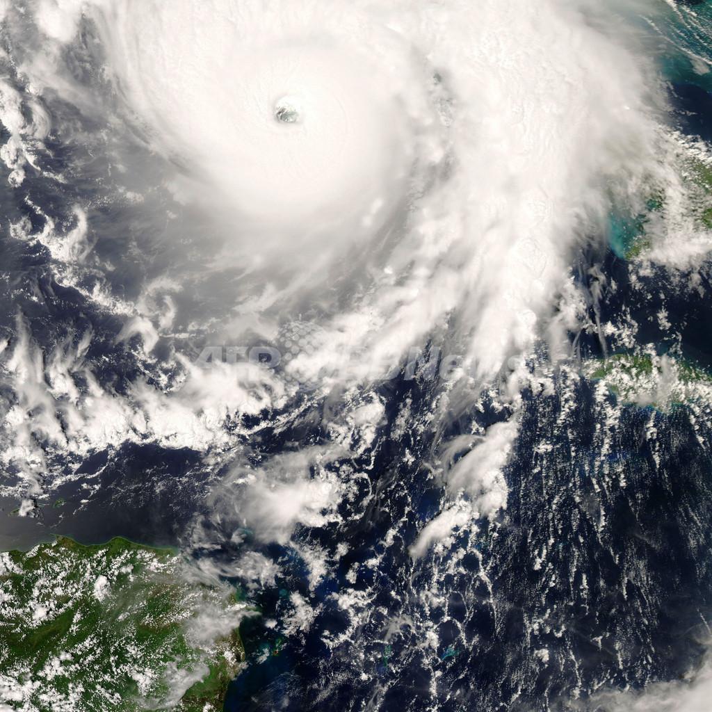 ハリケーン「グスタフ」が米国接近、ルイジアナ州では100万人以上が避難