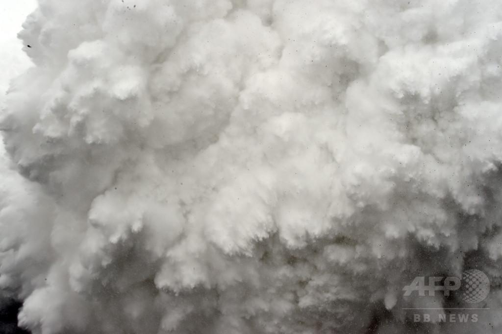 【AFP記者コラム】エベレスト雪崩で「生き埋め寸前に」 ネパール地震