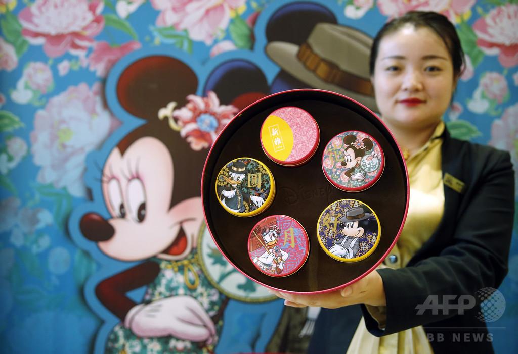 ディズニーシリーズの月餅を発売 上海の老舗店
