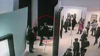 来場者の目前で堂々と… 美術館から絵画盗んだ男逮捕、ロシア