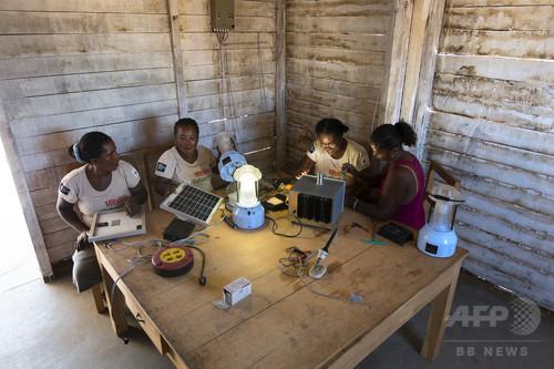 マダガスカルの漁村で太陽光発電、村の安全性も向上