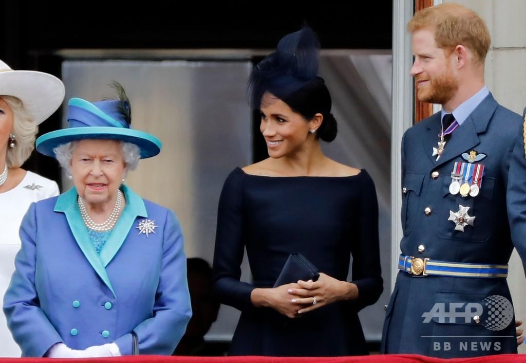 ヘンリー王子夫妻に批判 女王との緊急会合めぐり