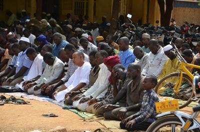 サハラ砂漠に92人の遺体、行き倒れたニジェール難民