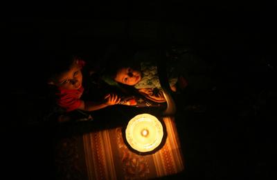 ガザ地区で再び停電、燃料不足で発電所が稼働停止