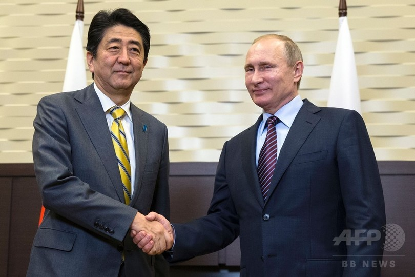 安倍首相、プーチン大統領と会談 北方領土問題で「糸口」