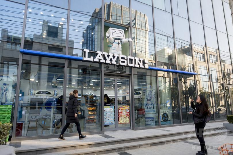 人気動画サイト「ビリビリ」とローソンのコラボ店舗 上海にオープン