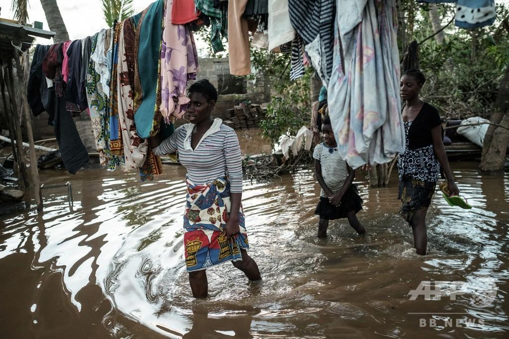 アフリカ南部襲ったサイクロン、死者約700人に 感染症拡大の恐れも