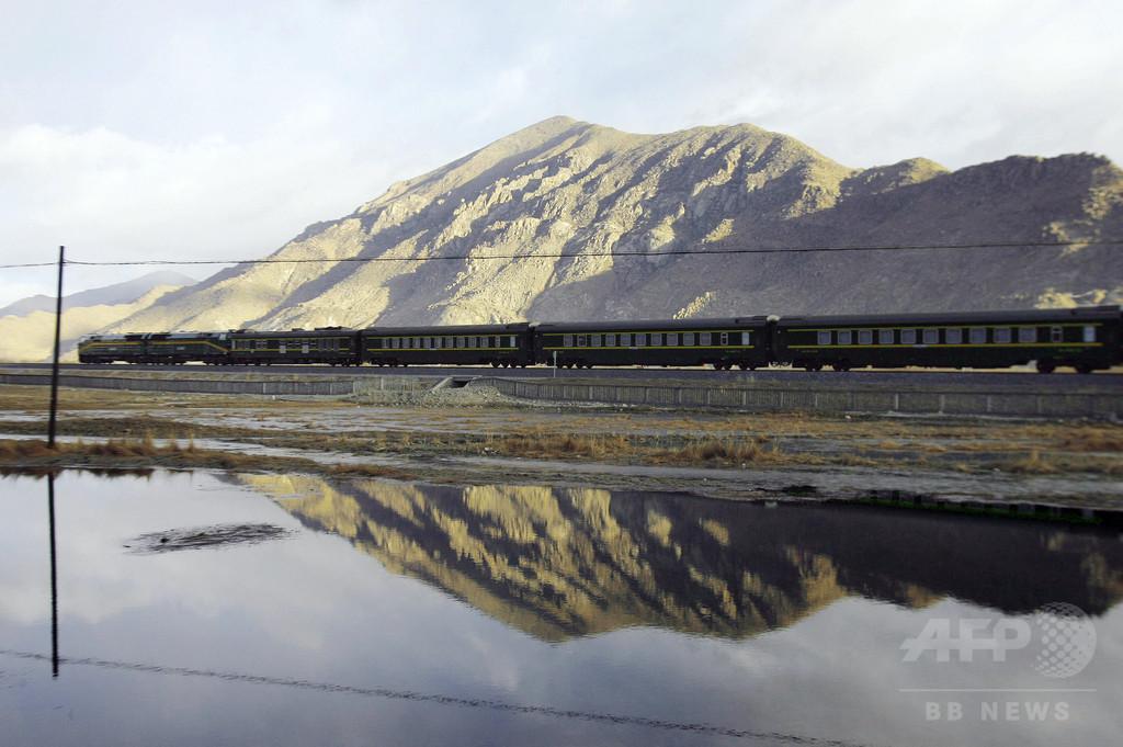 中国とネパール、チベット・カトマンズ結ぶ鉄道建設などで合意