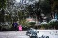南米チリ首都に大雪、1人死亡 25万世帯で停電
