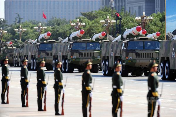 中国、抗日戦勝70年の記念日を休日に