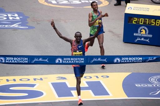 チェロノが大接戦制して優勝、川内は連覇ならず ボストン・マラソン