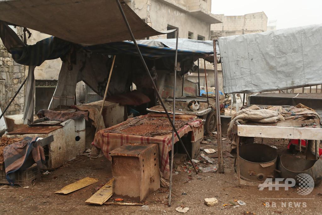 シリア政府軍、イドリブ近郊の交通の要衝を制圧 避難者58万人超