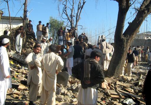 パキスタン北西部で大規模な自爆攻撃、36人死亡