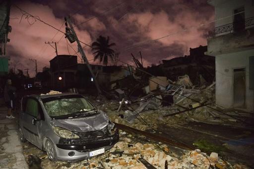 キューバ首都の竜巻、死者6人に