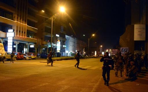 襲撃事件の人質126人解放、襲撃犯3人殺害 ブルキナファソ