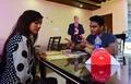 バングラデシュの「トランプ・カフェ」、等身大パネルで大人気