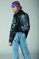90年代から着想したストリートスタイル、「ディーゼル」18年春夏デニムコレクション