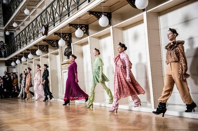 コペンハーゲン・ファッションウィーク、「ホルスウィラー」新作