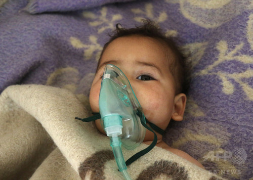 シリア「化学兵器」攻撃、被害者は「神経ガス」にさらされた兆候 WHO