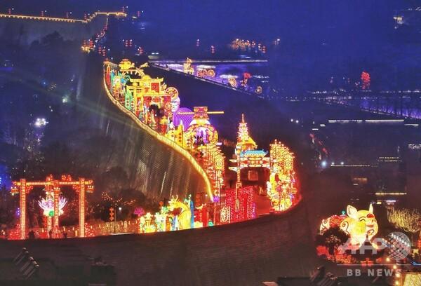 南京の街をランタンでライトアップ