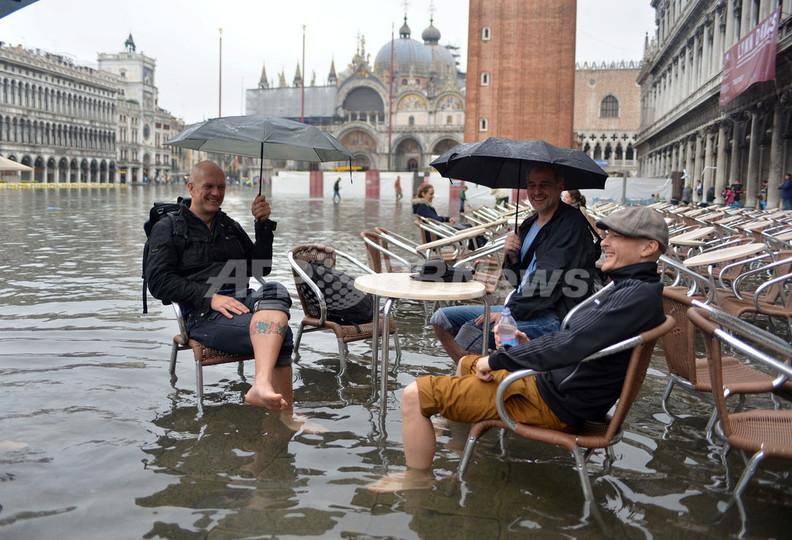 週末のベネチアは水浸し、「アクアアルタ」再び