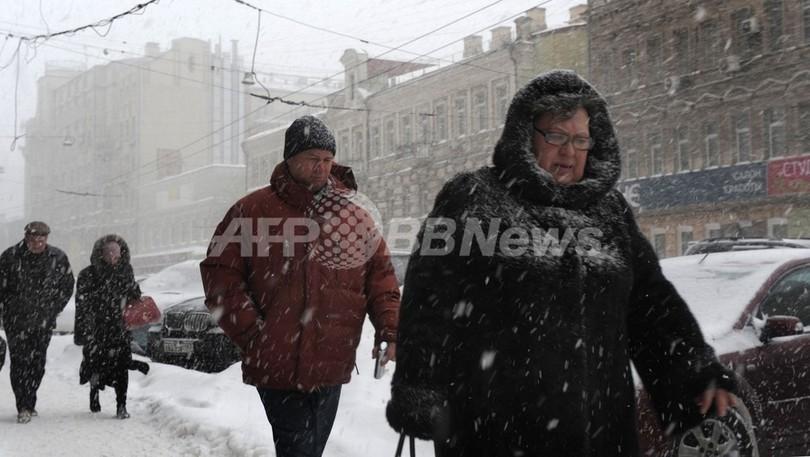 まるで「天気のエープリルフール」、モスクワで記録的降雪