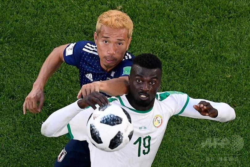 本田の同点弾が日本を救う、セネガルと2-2で引き分け勝ち点並ぶ