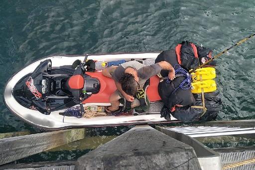 水上バイクでパプアへ逃亡図る、豪警察が英国籍の男の身柄拘束