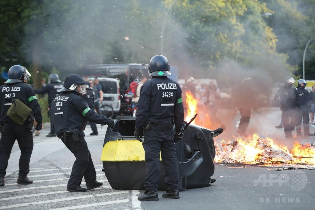 反G20デモで衝突、警官76人負傷 独ハンブルク